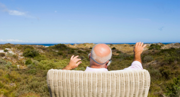Canadians put vacations ahead of retirement savings