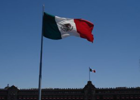 Caisse plans investment in Mexico