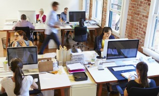 Majority of Canadian employees feel employer has duty to keep them healthy
