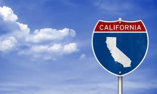 California minimum wage hike passes committee
