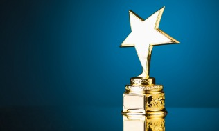 Who are the winners of the 2018 Workplace Benefits Awards?