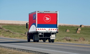 Arbitrator awards rural Canada Post carriers up to 25% raise in pay equity decision