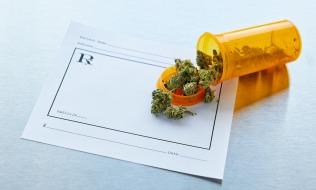 Shoppers, Loblaw introduce medical marijuana into benefits plan