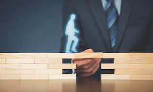 Consultants closing gap between themselves, plan members
