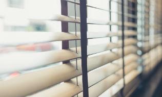 bcIMC to buy stake in U.S. window dressing company