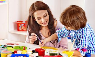 Proposed Ontario childcare rebate could lead to influx of working mothers: report