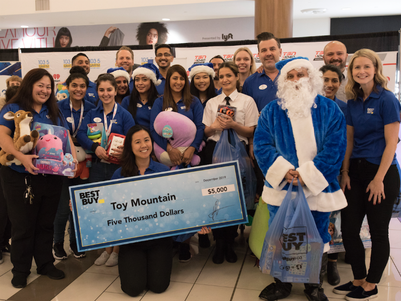 Best Buy fosters charitable giving during the holidays and beyond
