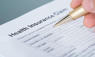 More Canadian insurers reducing benefits plan premiums