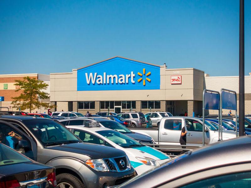 Walmart Canada giving employees 'appreciation' bonus