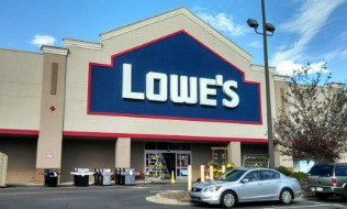 Lowe's Canada paying bonus to eligible employees